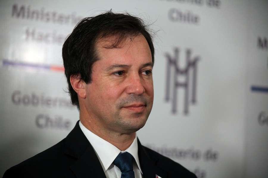 Ministro de Economía Lucas Palacios.